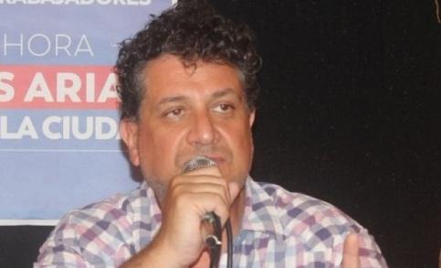 Luis Arias-4